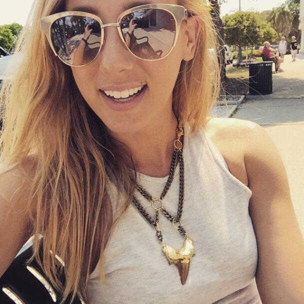 Jeana PVP Being Sexy (13 gifs) - Social Media Girls