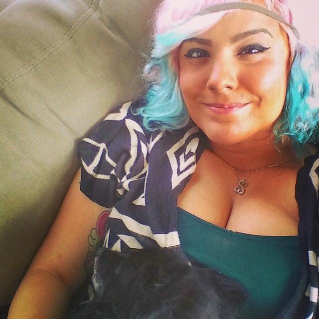 zmbieuni cleavage (32)