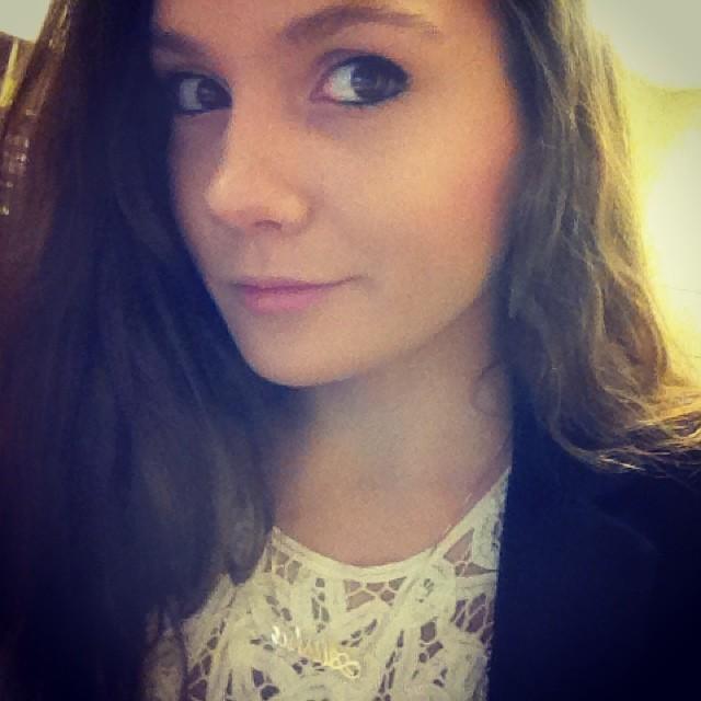 alisha (25)