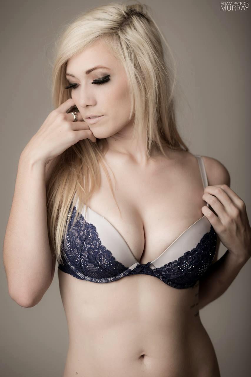 secretary-jessica-lindsay-naked-lingerie