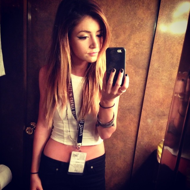 Chrissy Costanza Mp3 Download - Song Mp3 Music