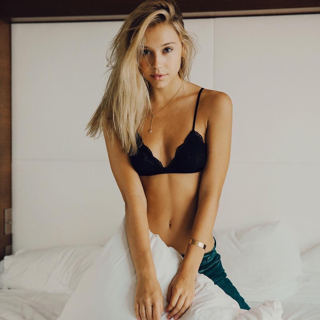 alexisrenbikini (35)