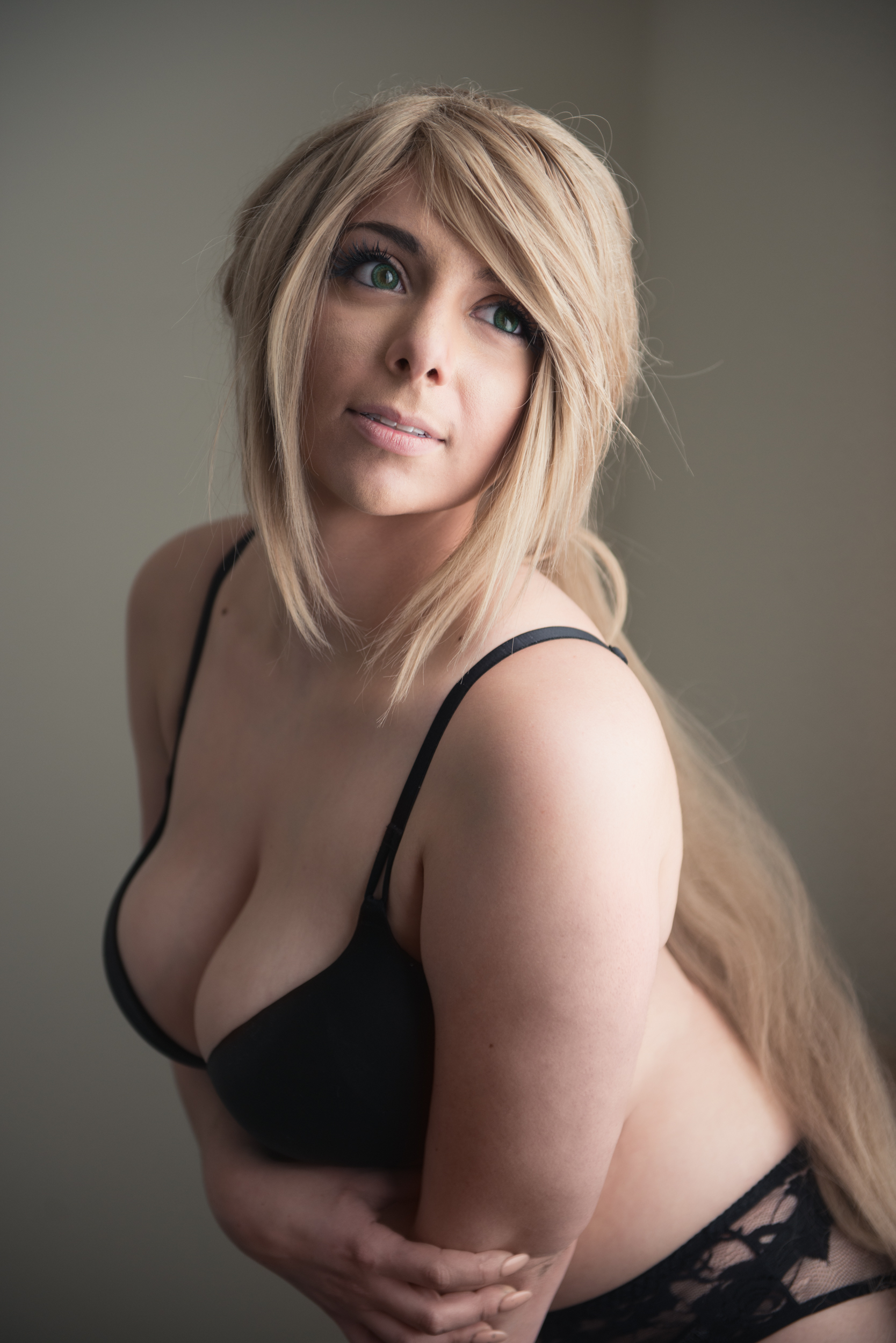 Momokun / Mariahmallad Nude and Lingerie Pictures (23 pics