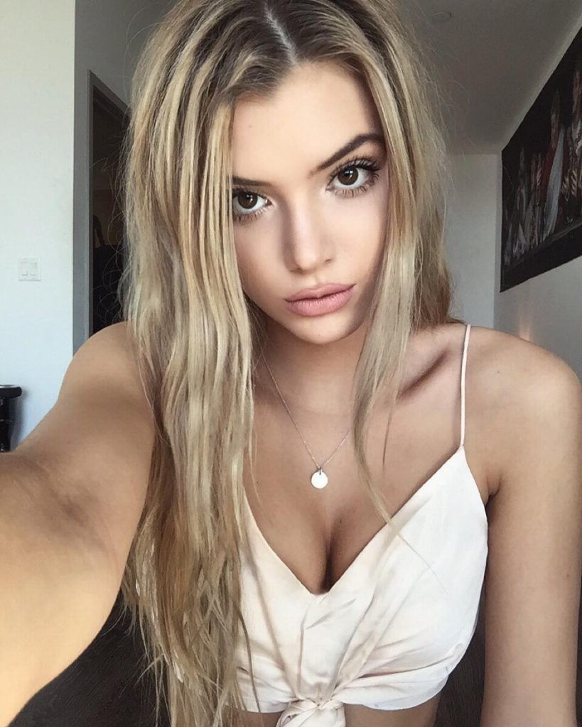 Alissa Violet Style, Clothes, Outfits and Fashion • CelebMafia