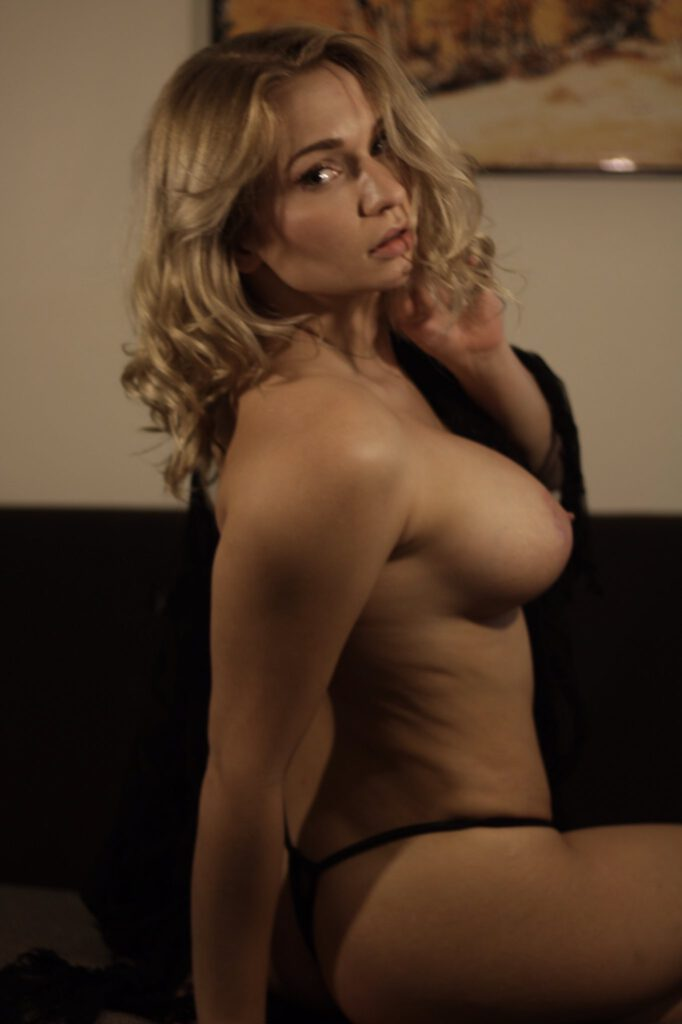 mature brazilian nude women