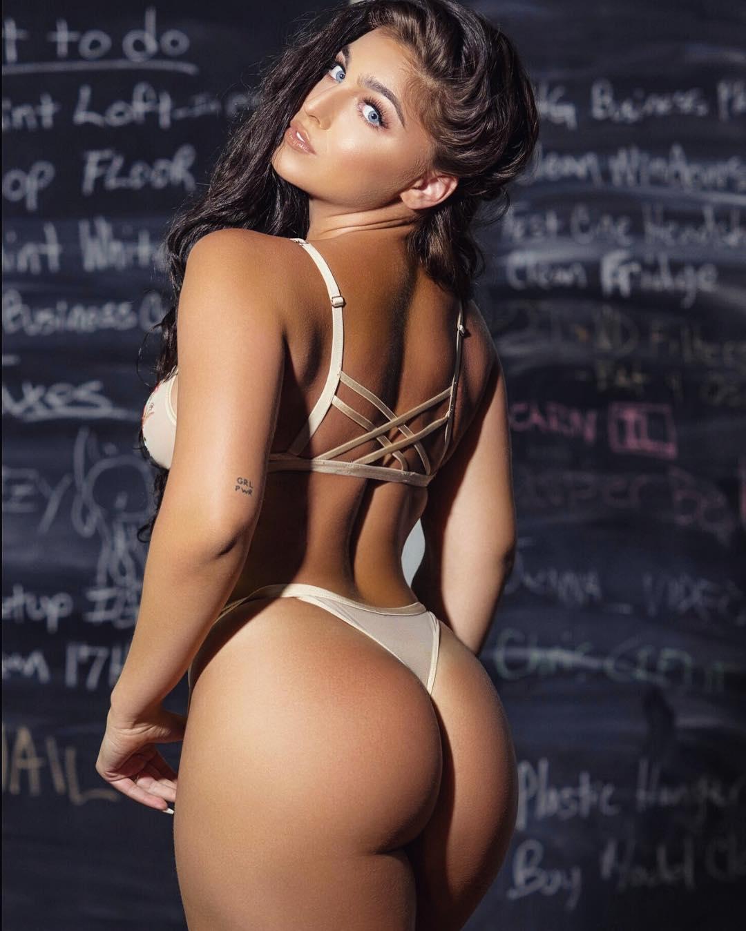 hot sexy nudist pics