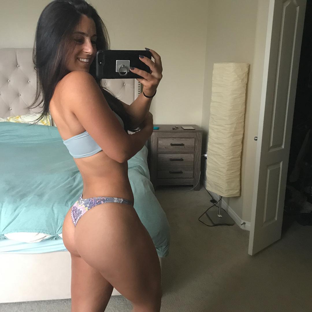 Amanda Bucci Nude