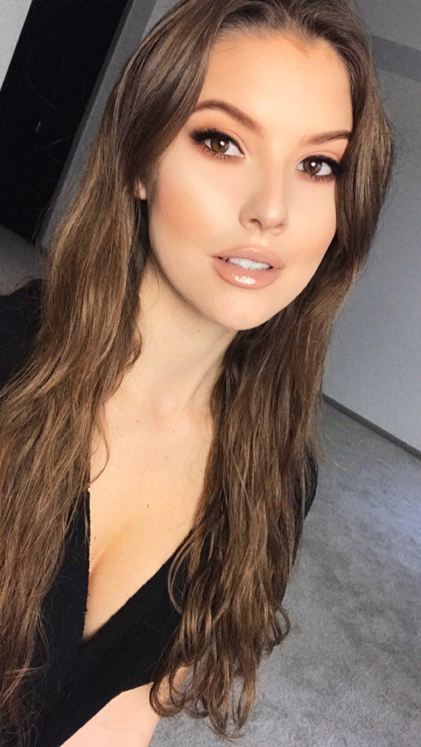 Amanda Cerny Sexy Pictures (36 Pics)