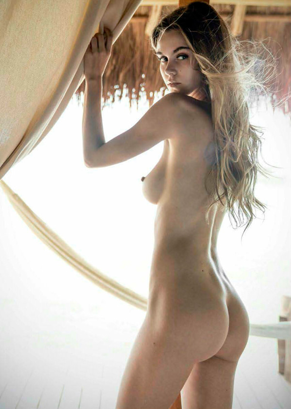 and friends nude photoshoot