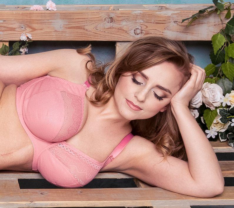 Big tits mature masturbation