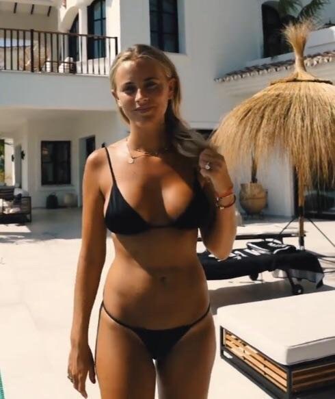 Janni Olsson Deler  nackt