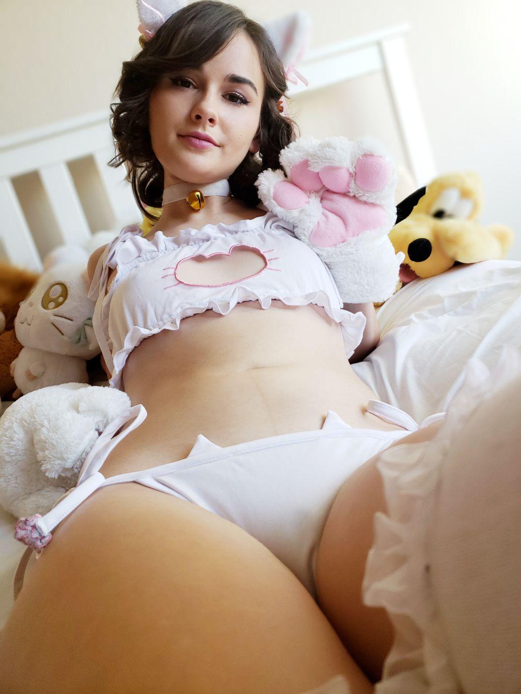 Sexy kitty