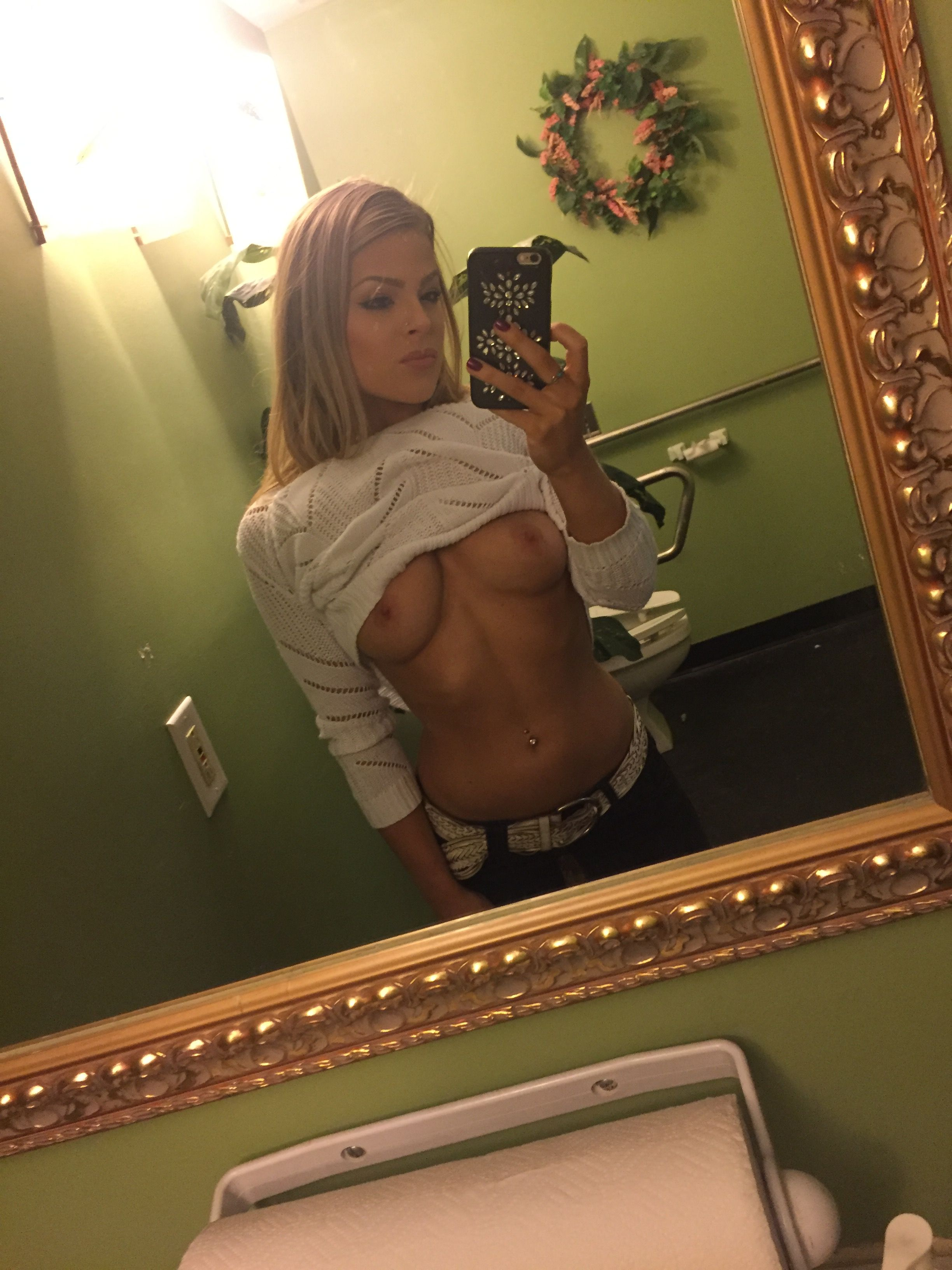 Valerie Pac Leaked Nude