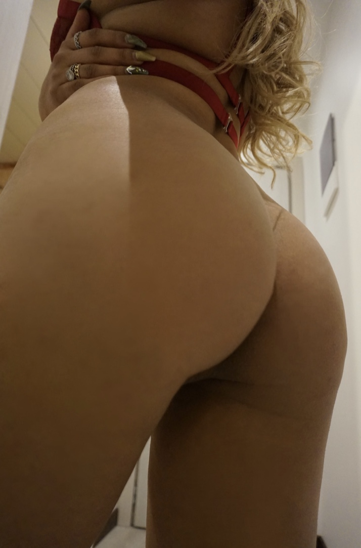Nudes Hot