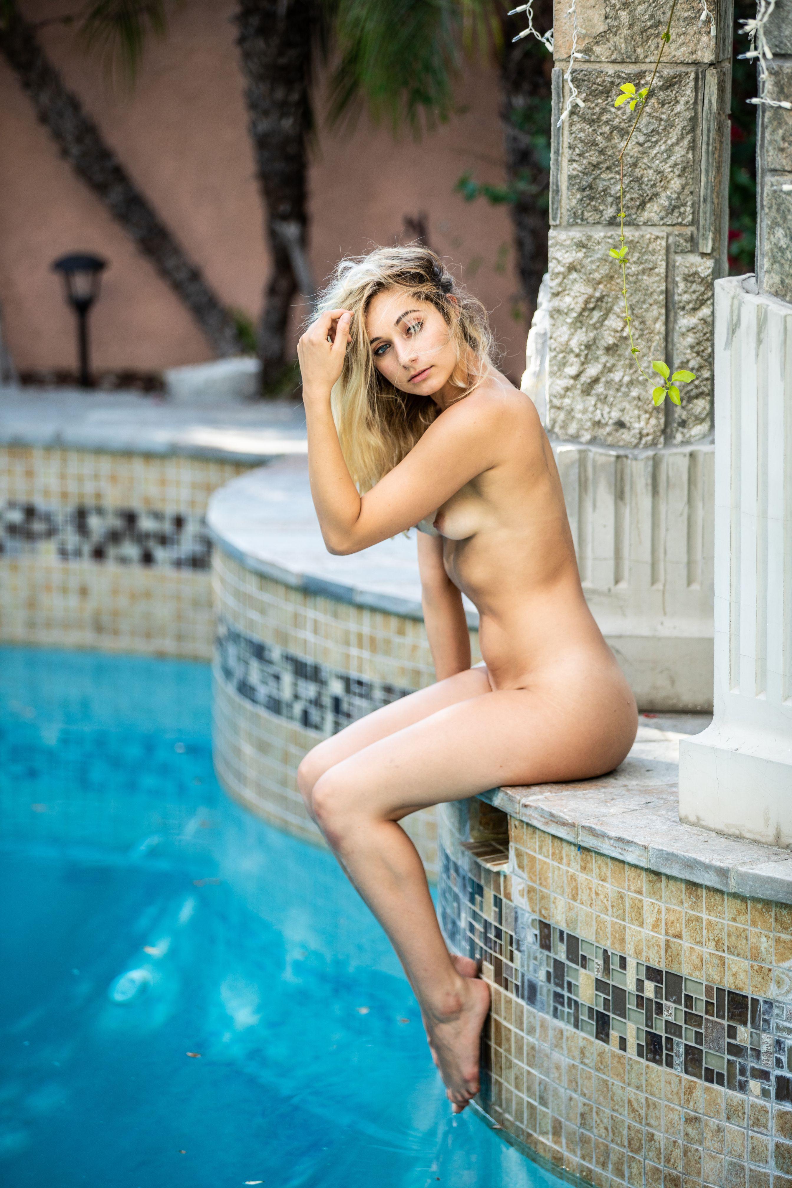 Ashley Obregon Nude | Sexy Youtubers