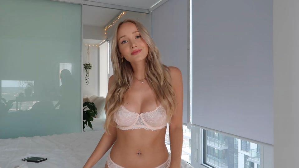 GwenGwiz Nipples