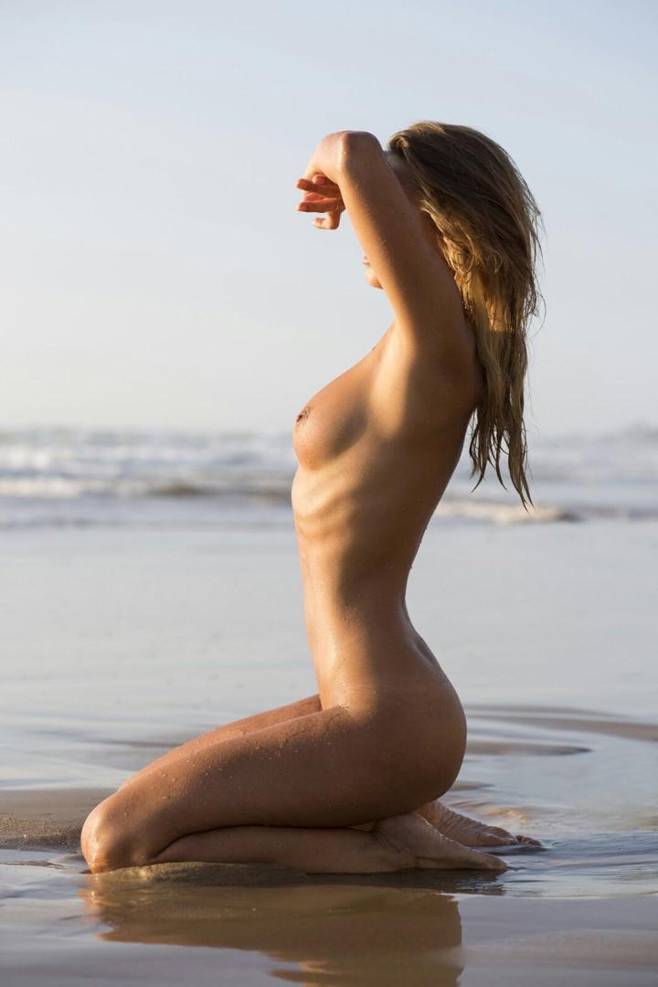 Nubile marissa mei nude
