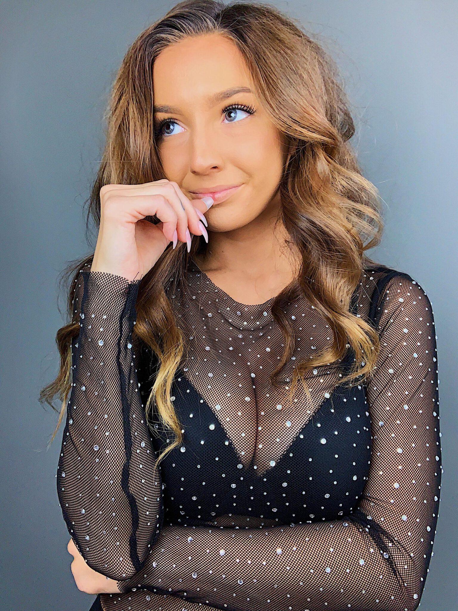 Taylor Alesia 11th Leaked Patreon Set - Social Media Girls
