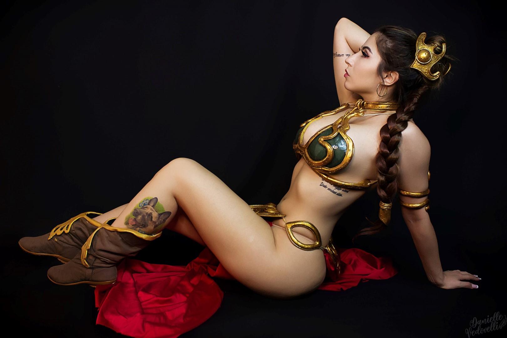 Charissa thompson topless