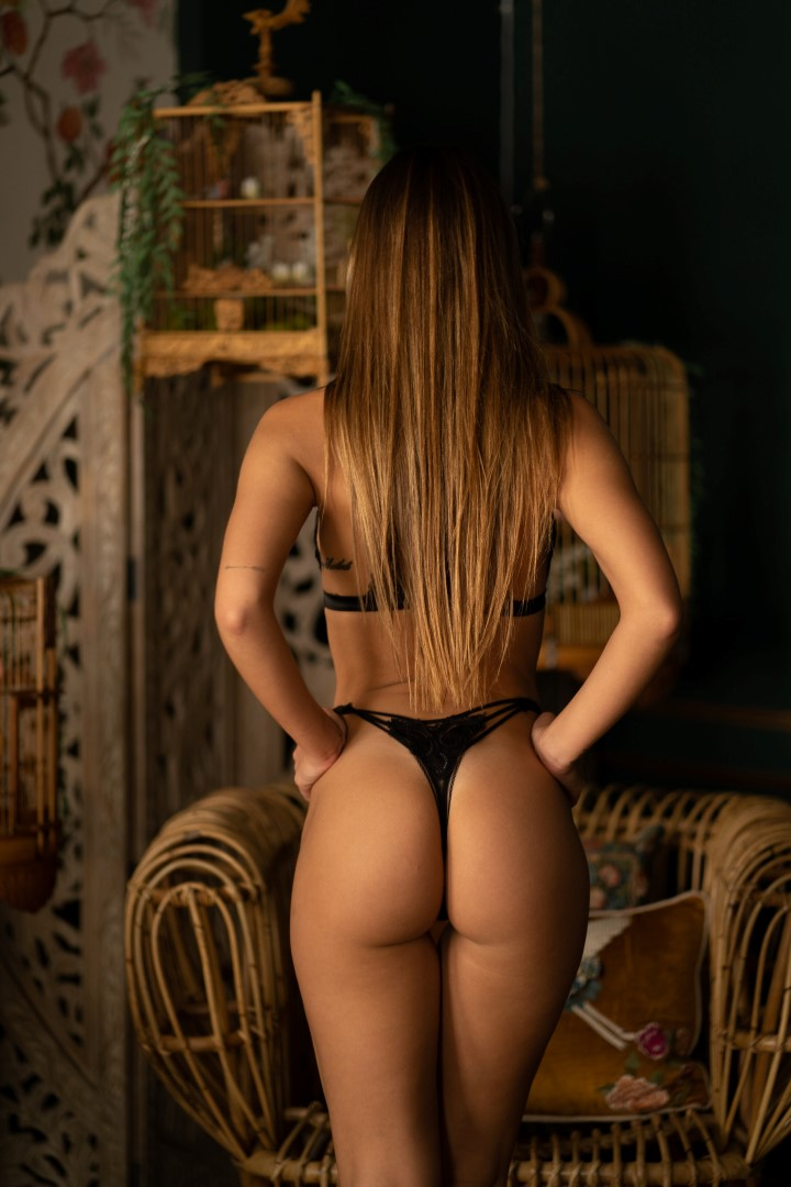 nicky-model-nude-dunaway-naked
