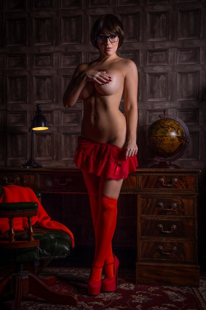models Naked boob