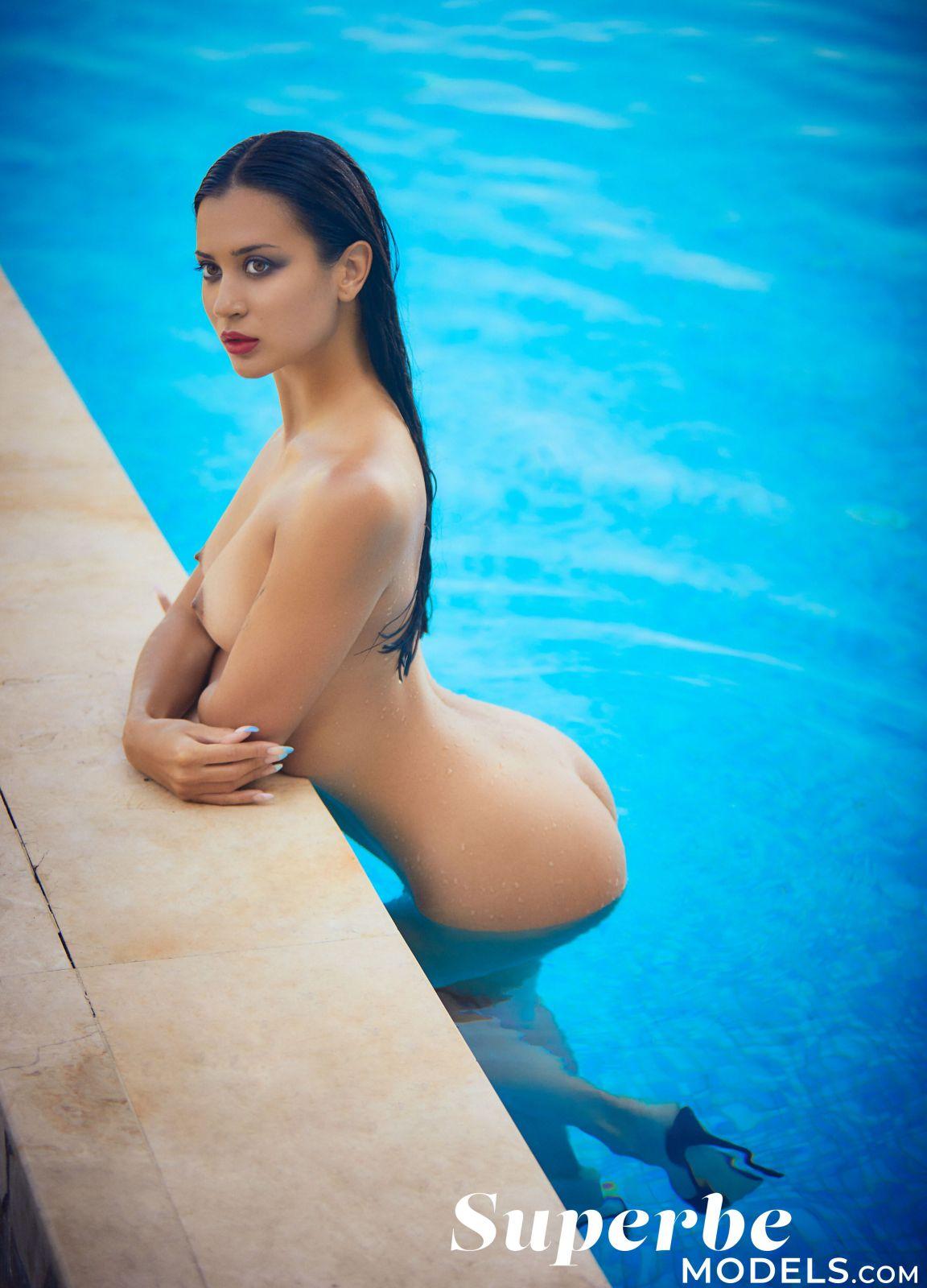 Hannah Fraser  nackt